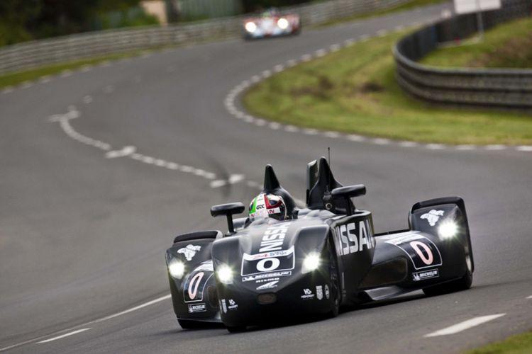 Race Car Classic Vehicle Racing nissan Gulf Le-Mans LMP1 2667x1779 wallpaper