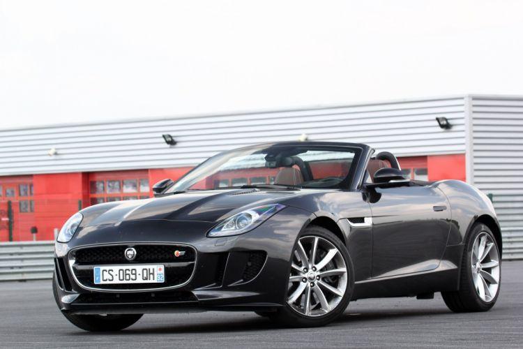 2013-Jaguar-F-Type-V6-S wallpaper