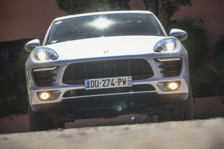 2014-Porsche-Macan-S wallpaper