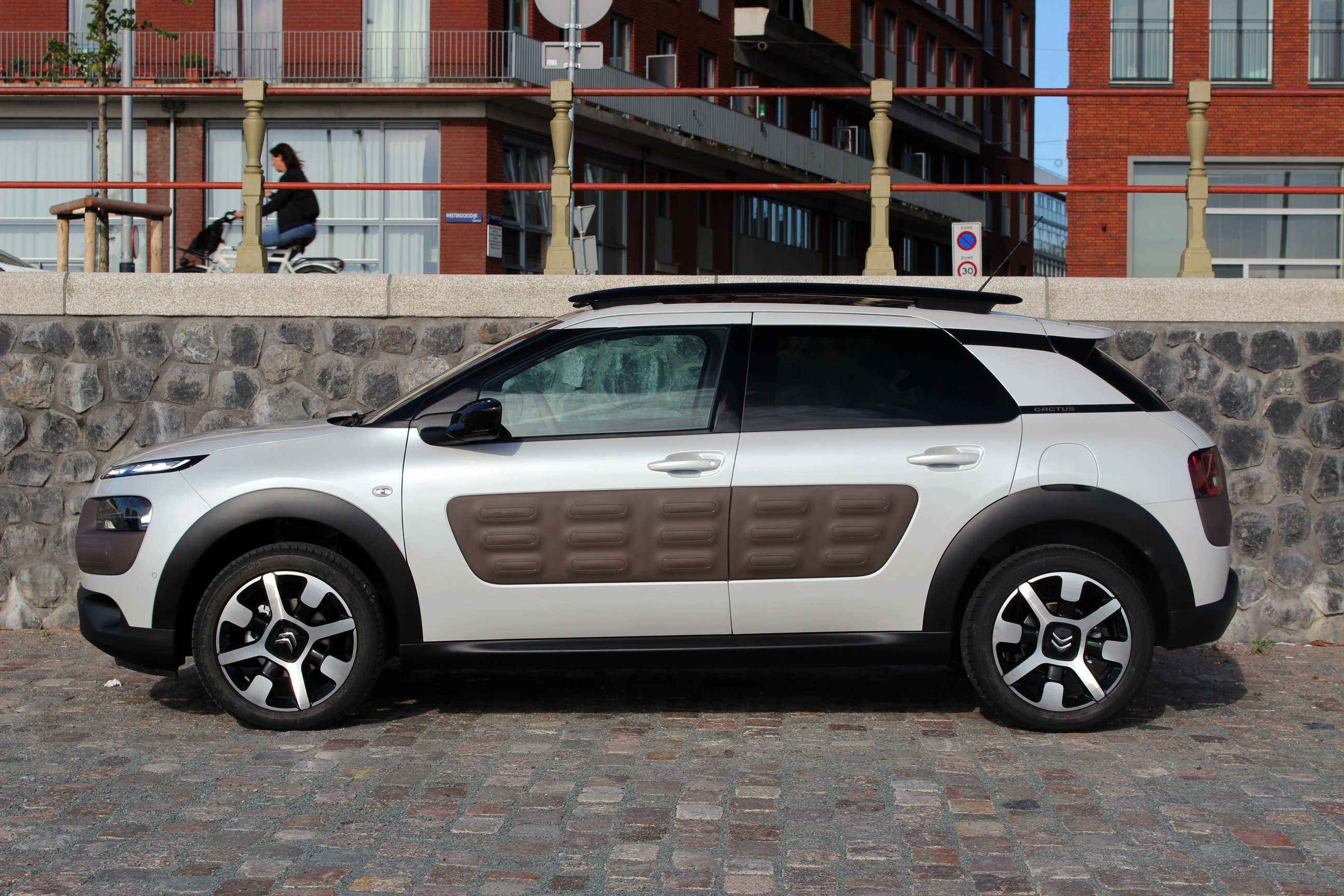 2014 citroen c4 cactus wallpaper 2592x1728 368972 wallpaperup. Black Bedroom Furniture Sets. Home Design Ideas