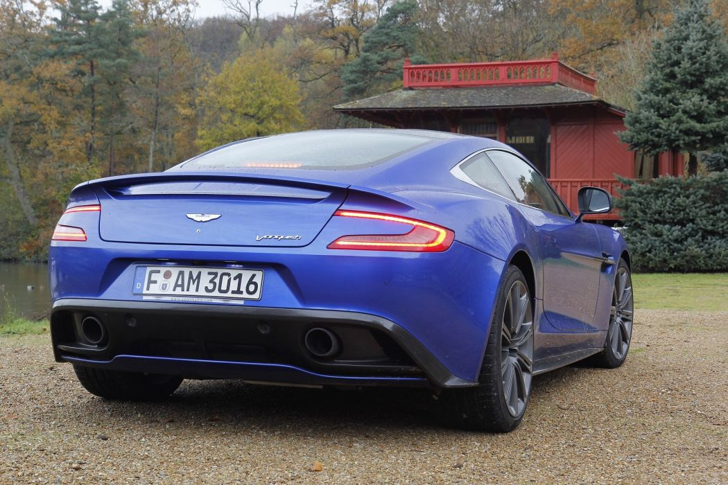Aston-Martin-Vanquish-2013 wallpaper