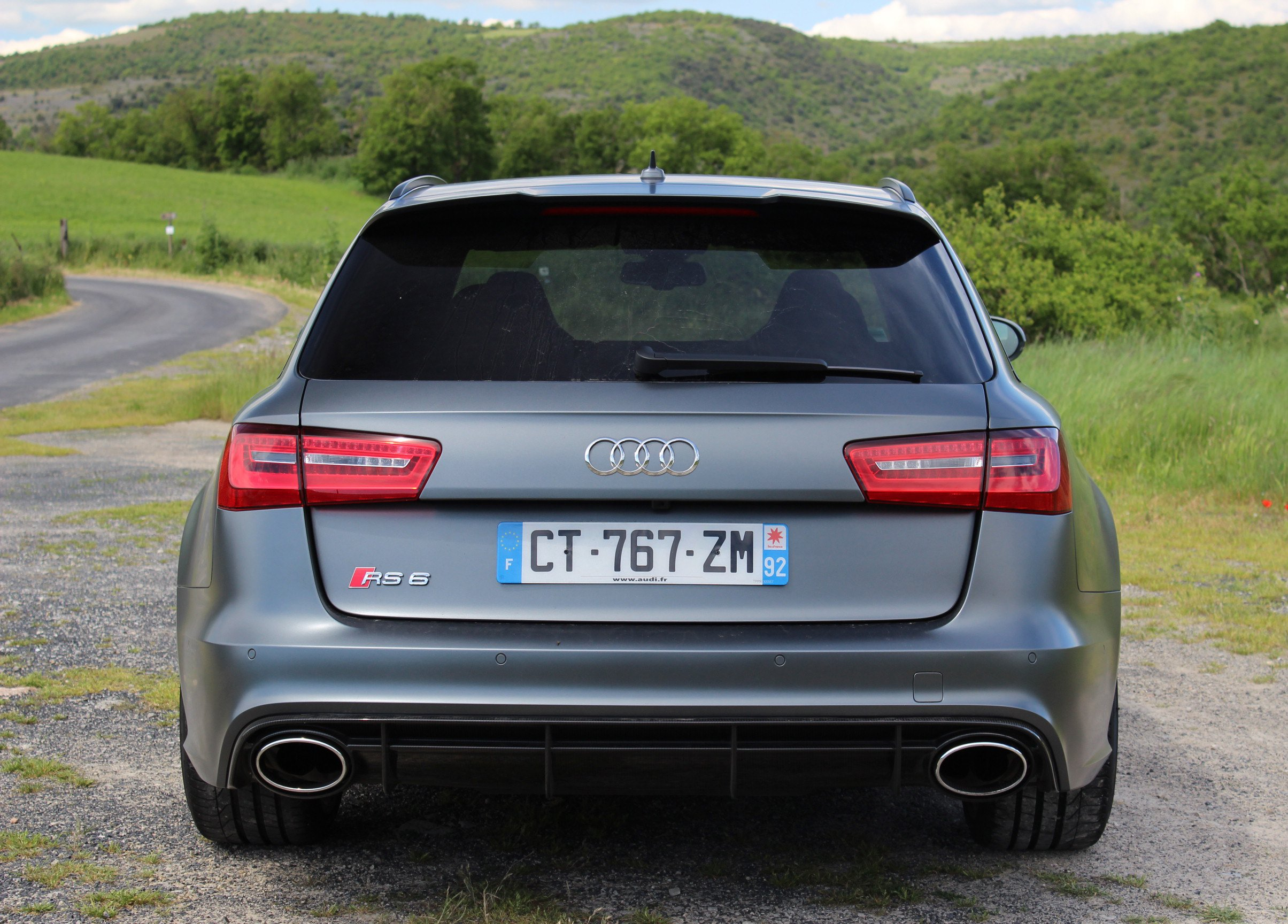 Audi RS6 Avant 2013 Wallpaper