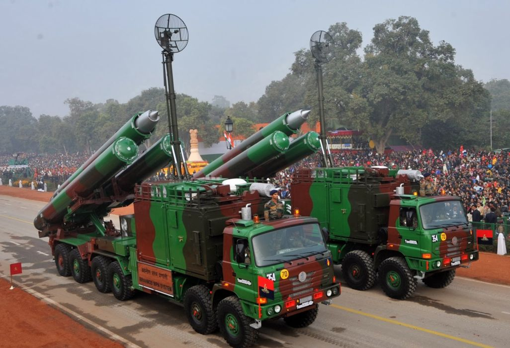 BrahMos Supersonic Cruise Missile Indian Wepons Army Truck Vehicle (4) wallpaper