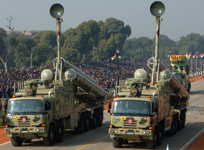 BrahMos Supersonic Cruise Missile Indian Wepons Army Truck Vehicle (1) wallpaper