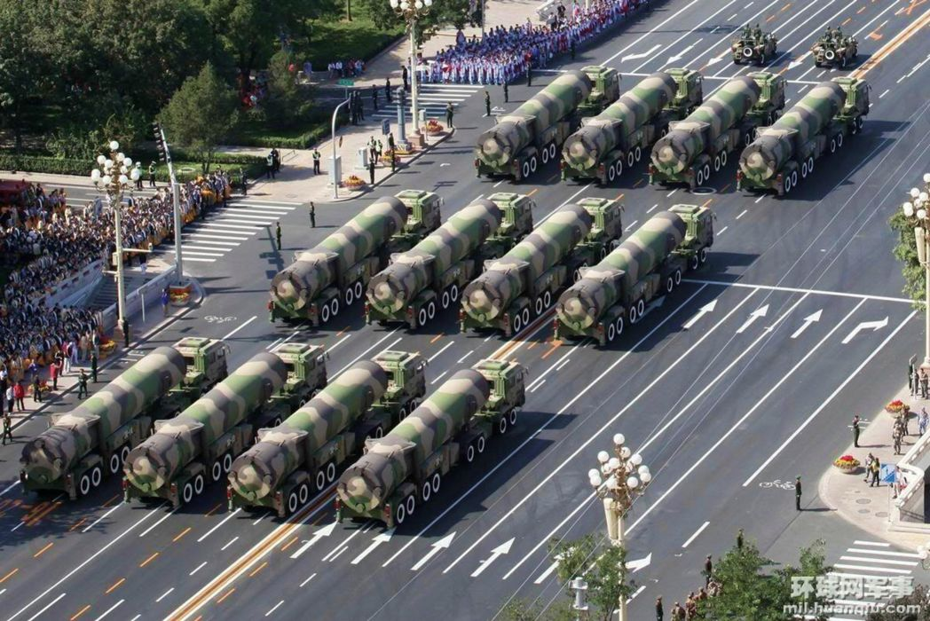 ChinaICBM misile wepons nuclear parade free military truck vehicle (2) wallpaper