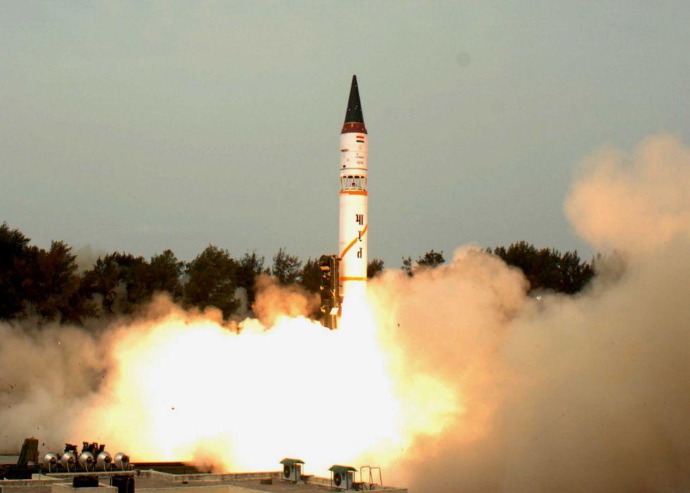 Indian Agni-V ICBM misile wepons nuclear wallpaper