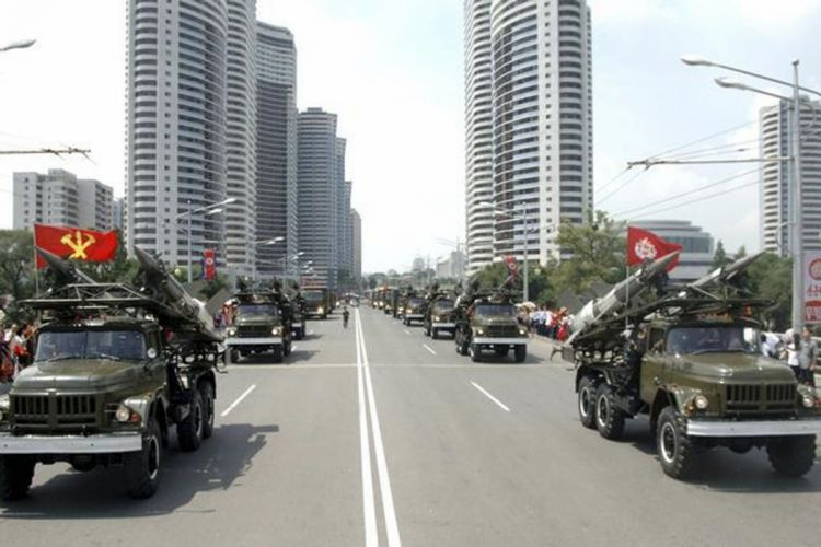 missile North-Korea vehicle truck military parade wepons (11) wallpaper