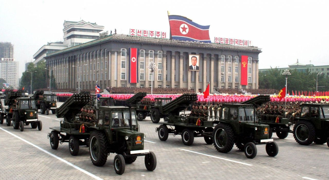 tractor missile North-Korea vehicle truck military parade wepons (2) wallpaper