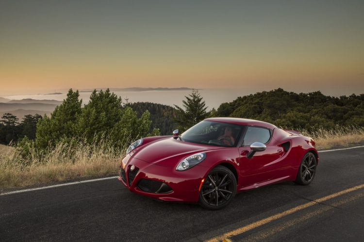 Alfa-Romeo-4C wallpaper