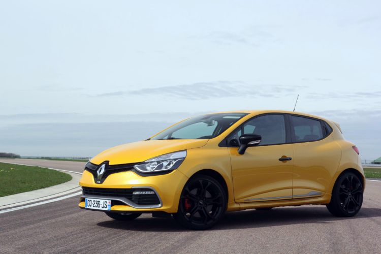 Renault-Clio-4-RS wallpaper