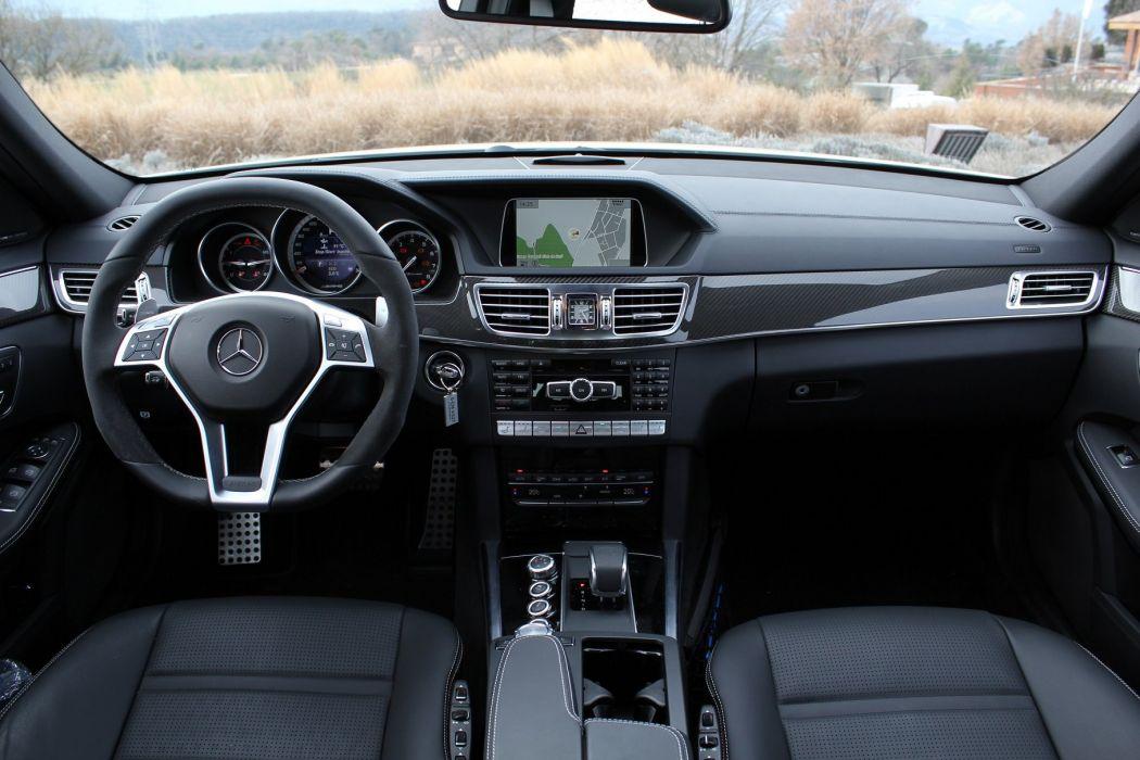 Mercedes-Classe-E-63-AMG-S-4Matic wallpaper