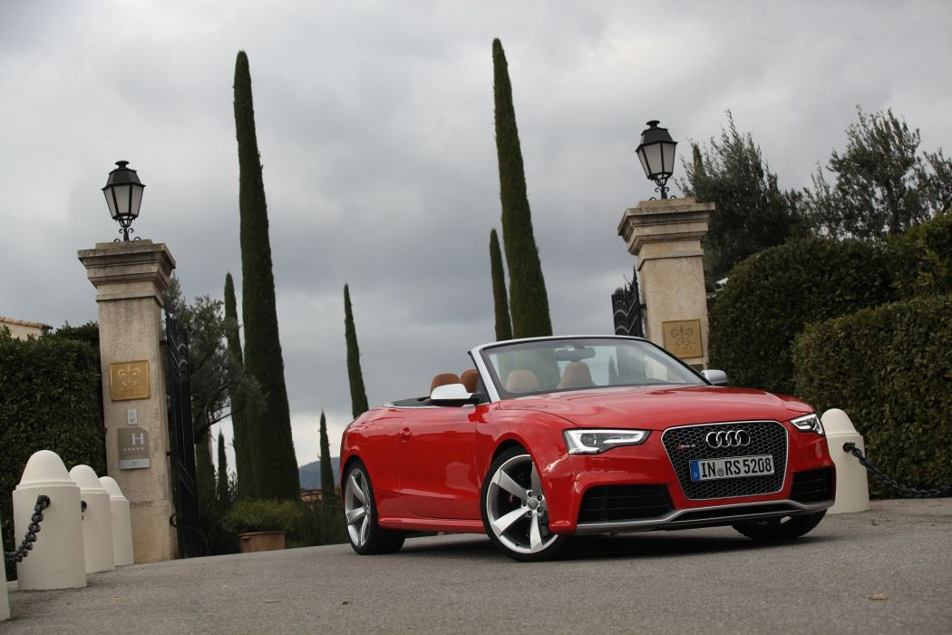 Audi-RS5-cabriolet-2013 wallpaper