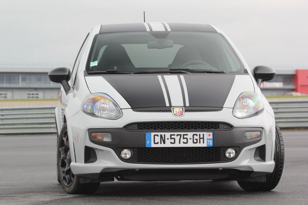 Abarth-Punto-Supersport wallpaper