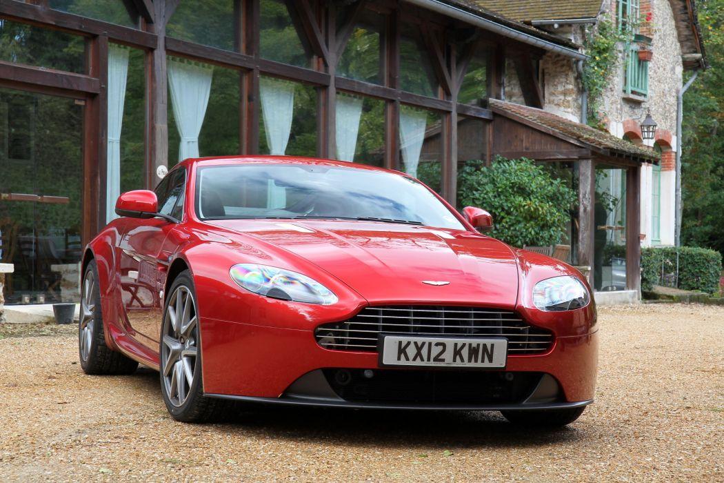 Aston-Martin-V8-Vantage-2013 wallpaper