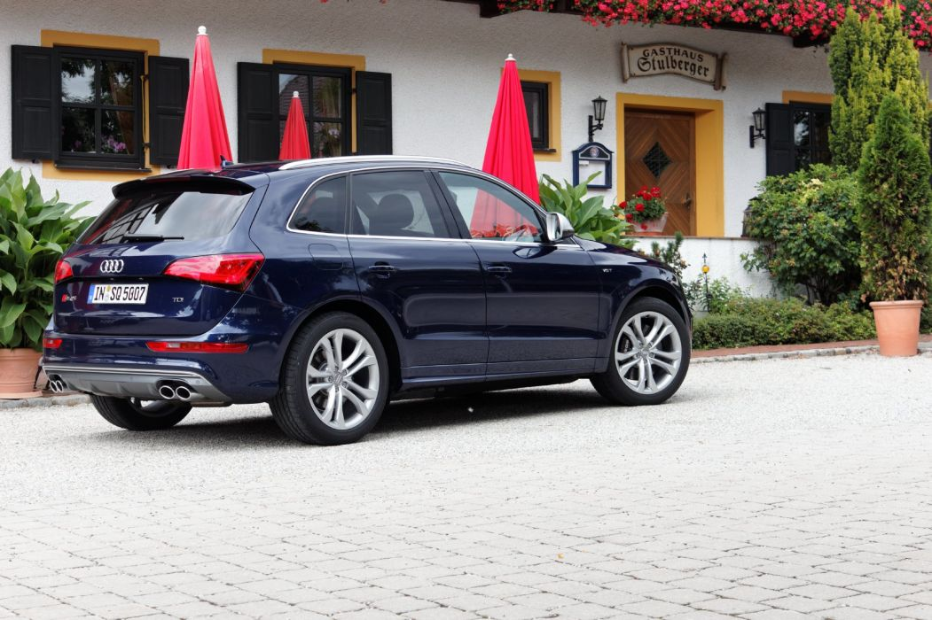 Audi-SQ5-S-2012 wallpaper