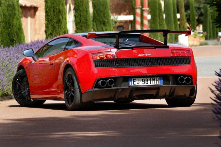 Lamborghini-Gallardo-Super-Trofeo-Stradale-2012 wallpaper
