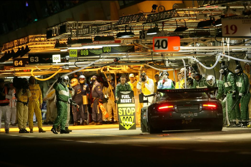 ASTON MARTIN DBR9 race racing gt1 le-mans (37) wallpaper