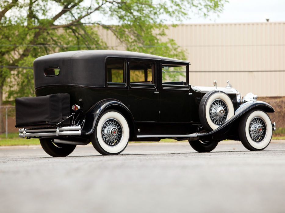 1930 Packard Deluxe Eight All-Weather Town Car LeBaron (745) luxury retro    f wallpaper