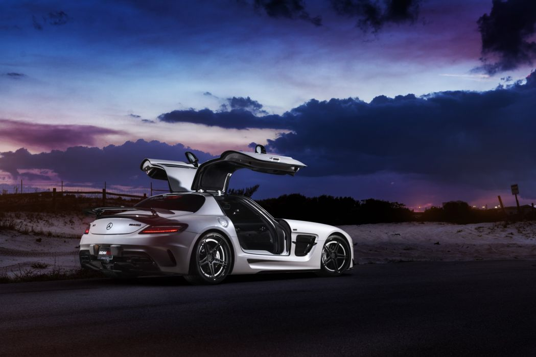ADV_1 RennTech Mercedes SLS Black Series wallpaper
