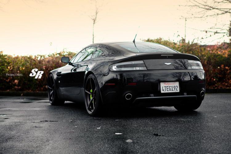 Aston-Martin-Vantage wallpaper