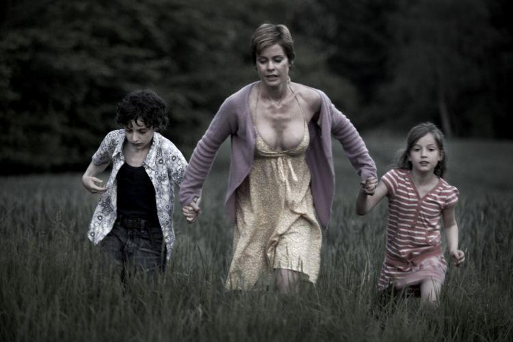 DELIVER-US-FROM-EVIL crime horror thriller deliver evil (5) wallpaper