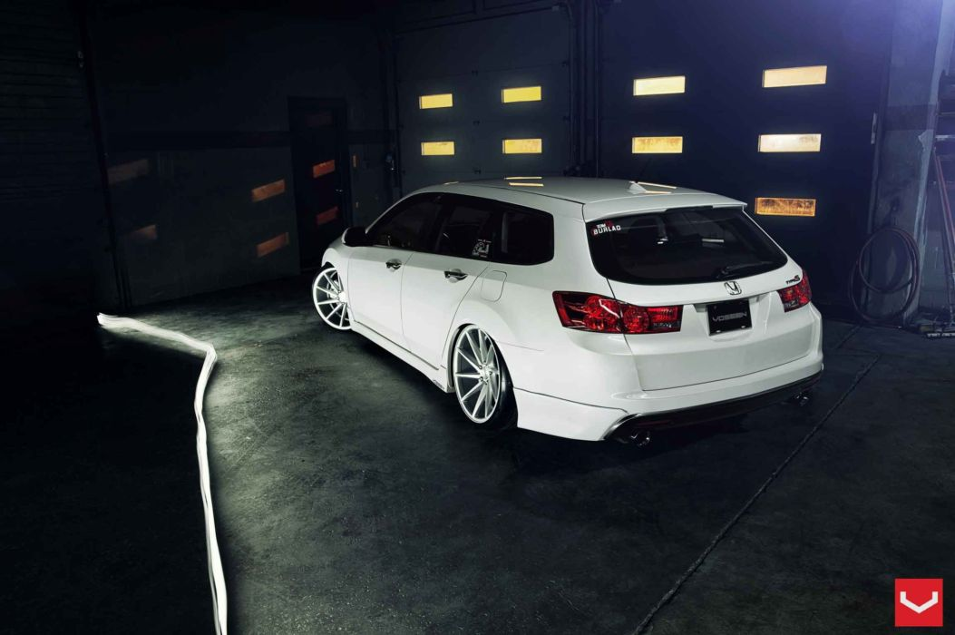 Acura-TSX wallpaper