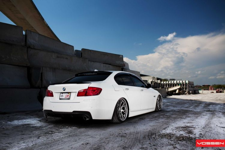BMW-5-Series wallpaper