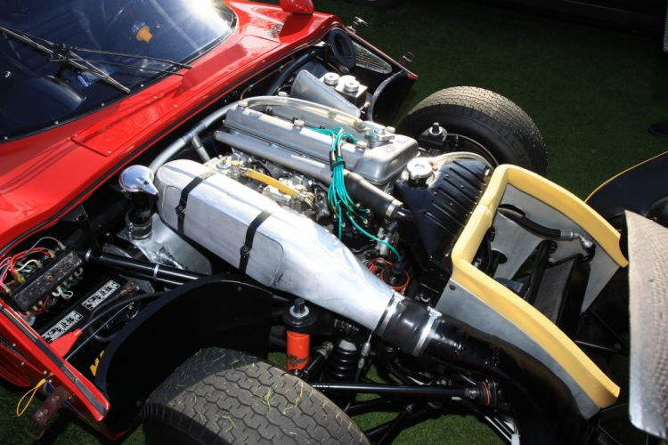 1965 Alfa-Romeo TZ2 Engine Car Vehicle Classic Retro Sport Supercar Italy Red Engine (1) wallpaper