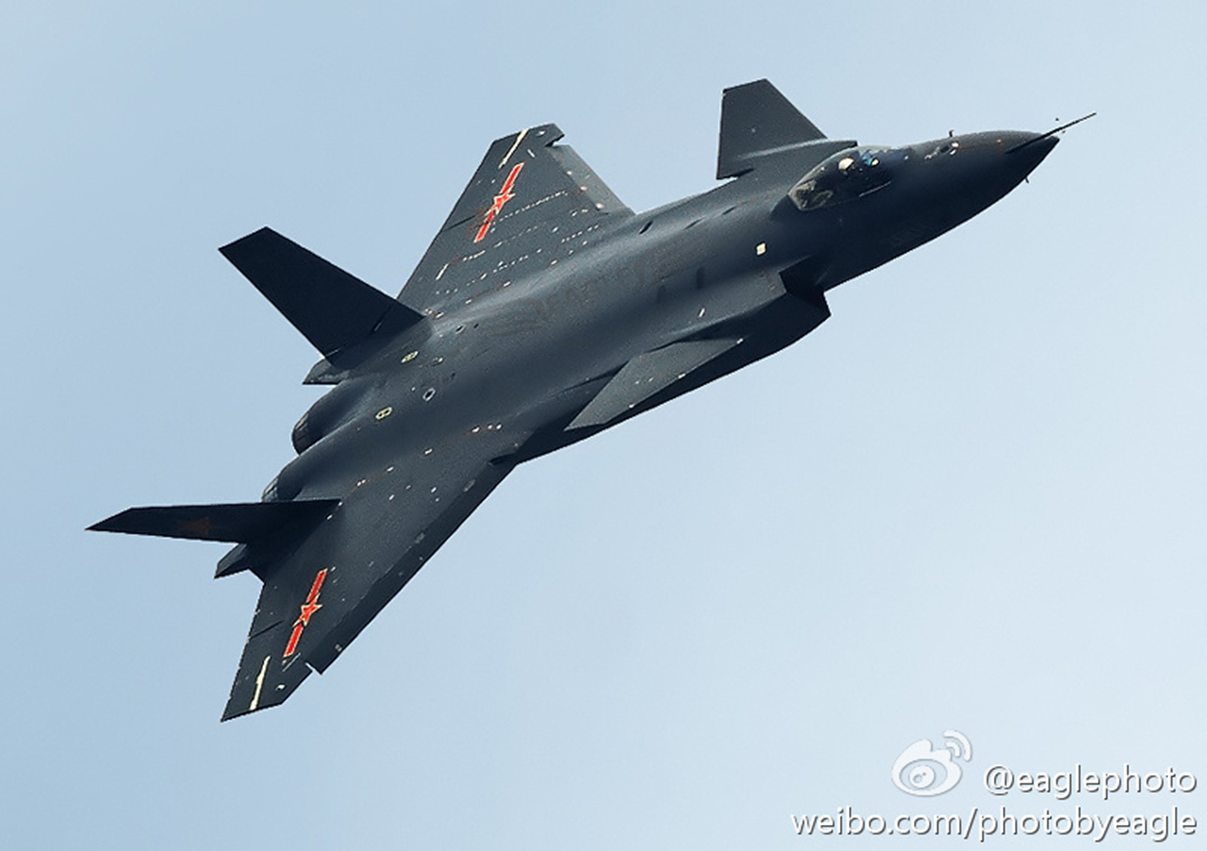 Chinese J-20 Mighty Dragon Fifth Generation Stealth Fighter ...