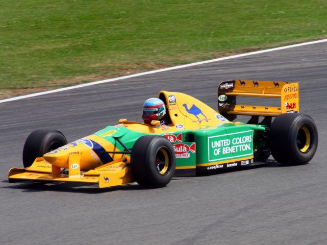 Benetton B193B 1993 Race Car Racing Vehicle Supercar Formula-1 4000x3000 (8) wallpaper