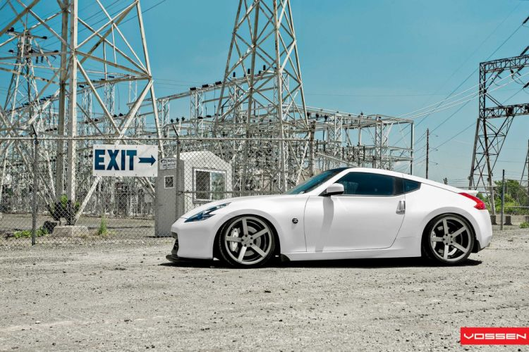 Nissan-370Z wallpaper