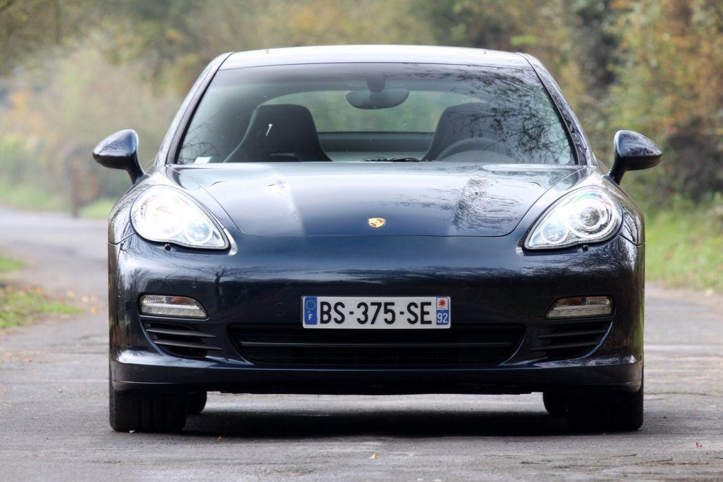 2011-Porsche-Panamera-diesel wallpaper