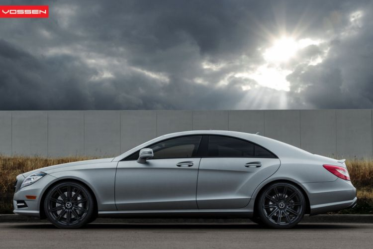 Mercedes-CLS wallpaper