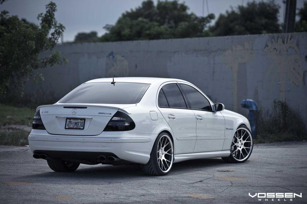 Mercedes- E-Class wallpaper