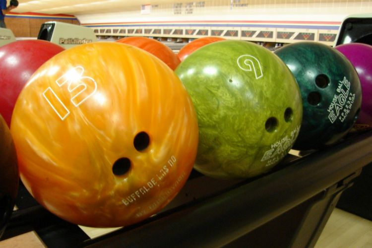 BOWLING ball game classic bowl sport sports (74)_JPG wallpaper