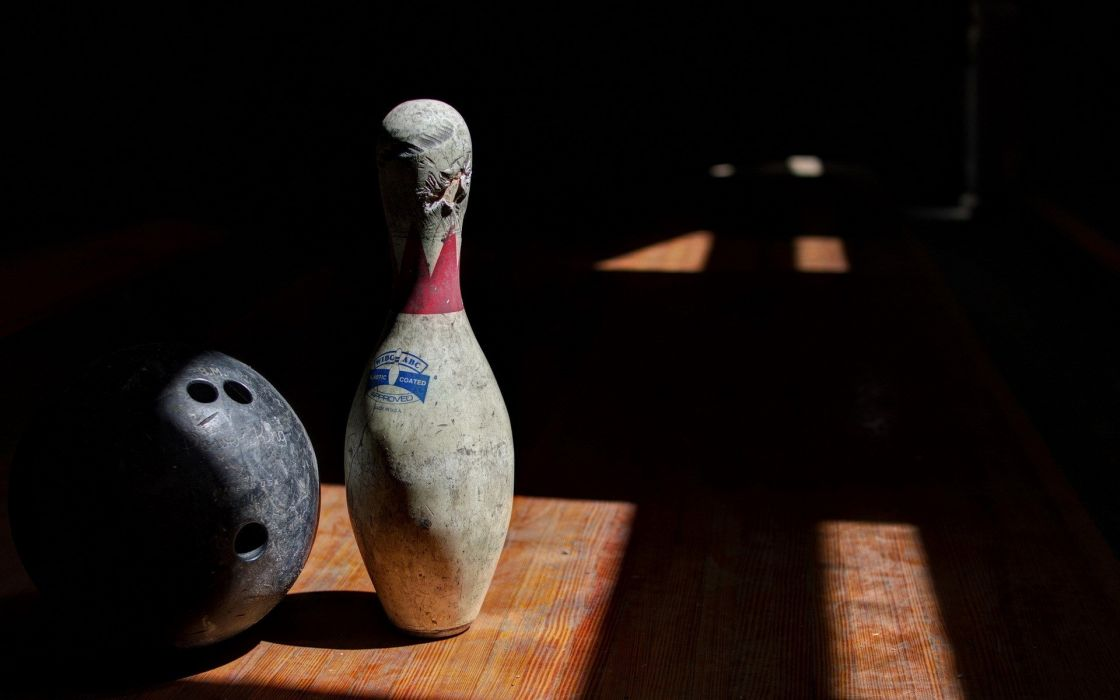 BOWLING ball game classic bowl sport sports (83) wallpaper