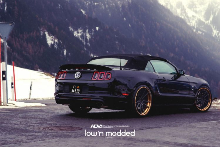 FORD-MUSTANG-SHELBY-GT500 wallpaper