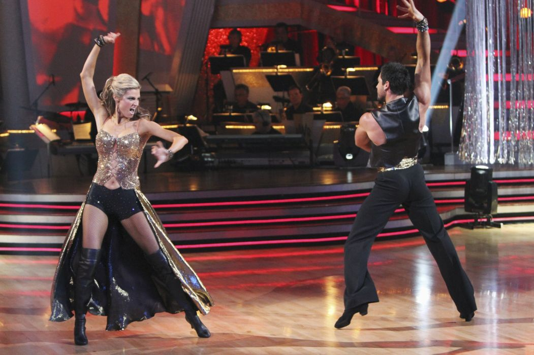 DANCING-WITH-THE-STARS family gameshow dance music stars dancing series competition (37) wallpaper