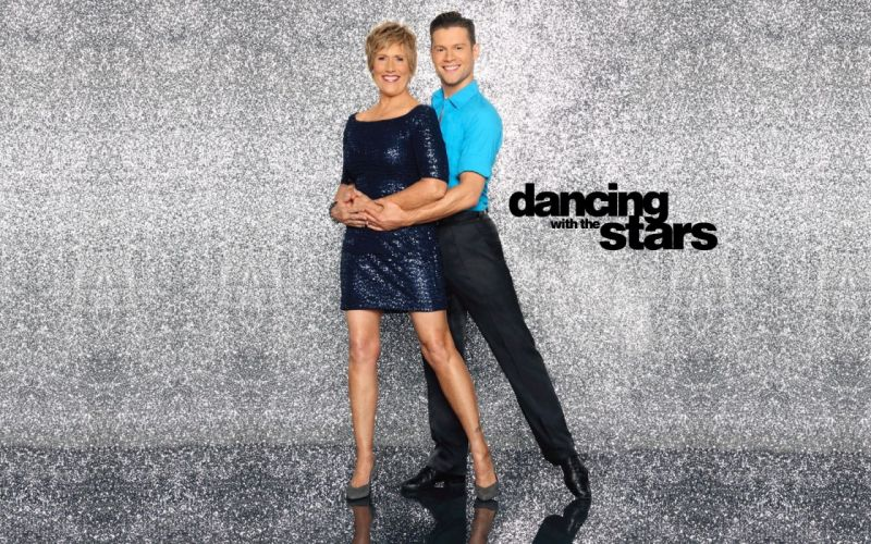 DANCING-WITH-THE-STARS family gameshow dance music stars dancing series competition (60) wallpaper