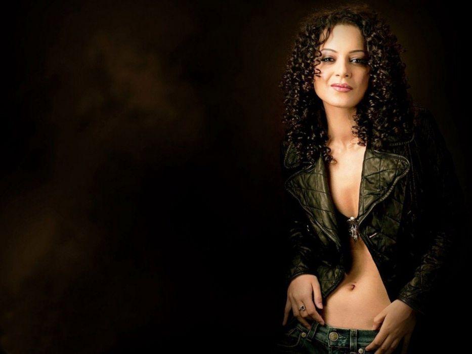 KANGANA RANAUT bollywood actress model babe (34) wallpaper