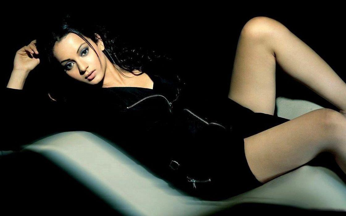 KANGANA RANAUT bollywood actress model babe (35) wallpaper