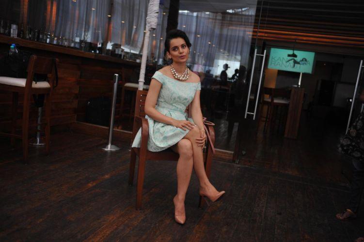 KANGANA RANAUT bollywood actress model babe (84) wallpaper