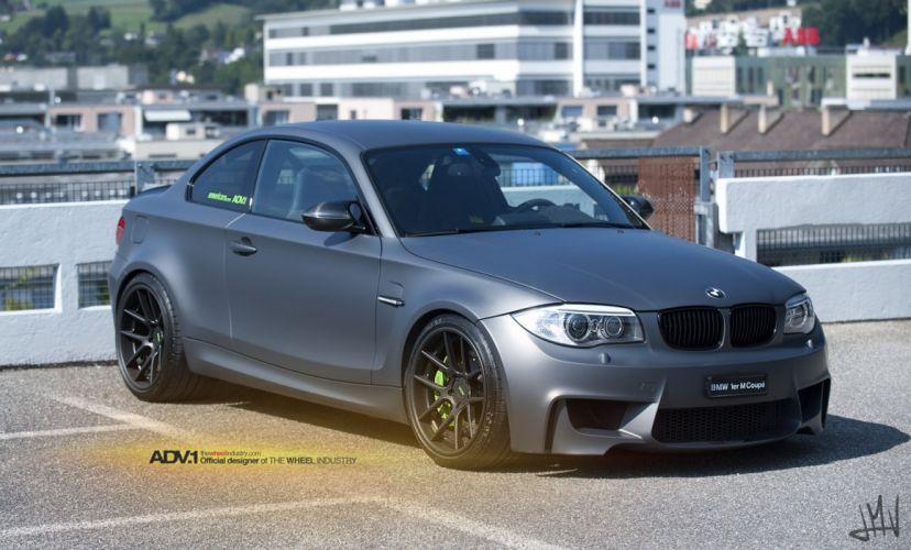 BMW-1M-COUPE wallpaper