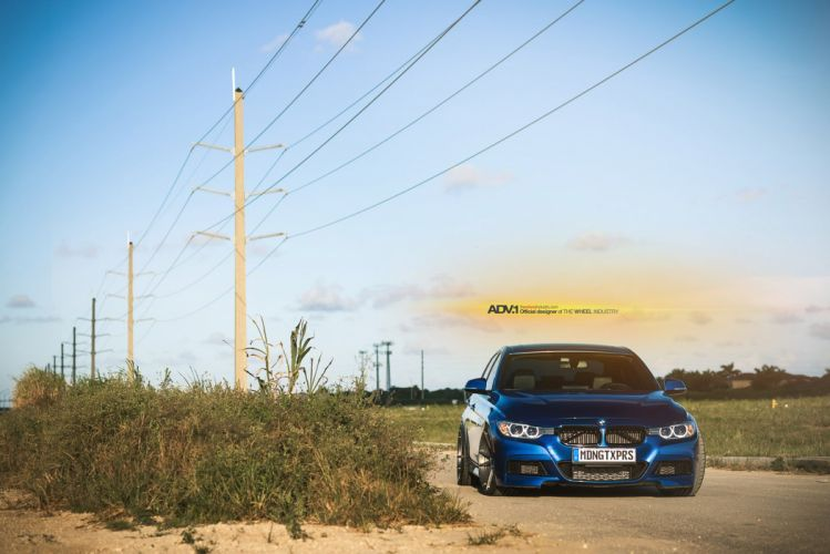 BMW-335i wallpaper