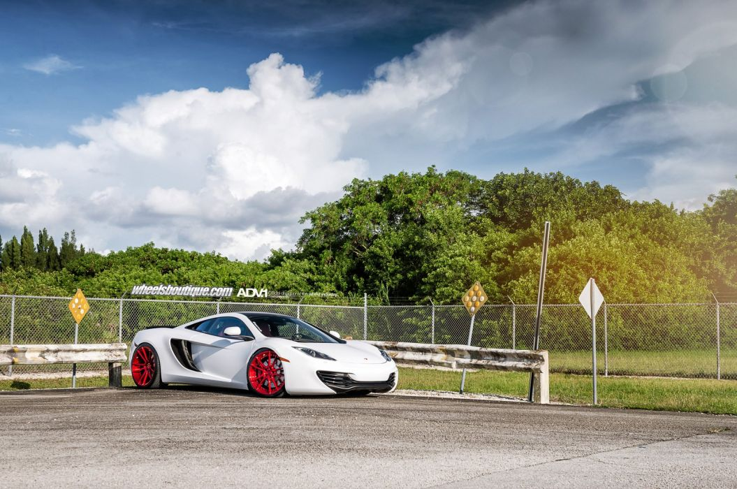 MCLAREN-MP4-12C wallpaper