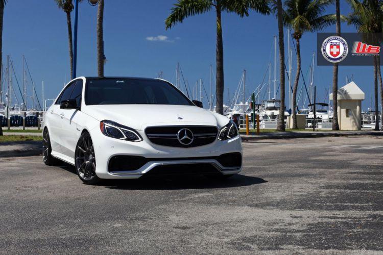 Mercedes-E63-AMG wallpaper