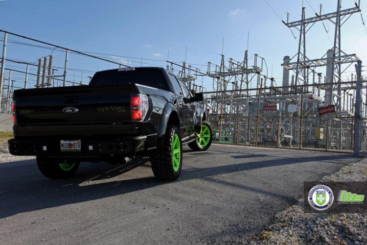 Ford-SVT-Raptor wallpaper