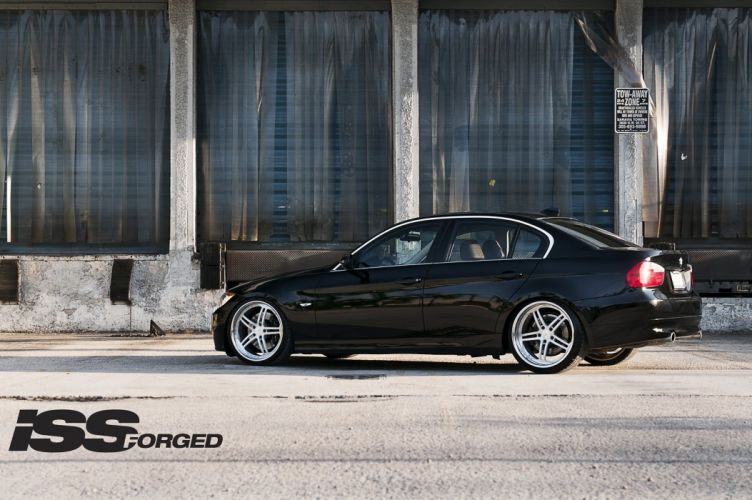 BMW-335i wallpaper