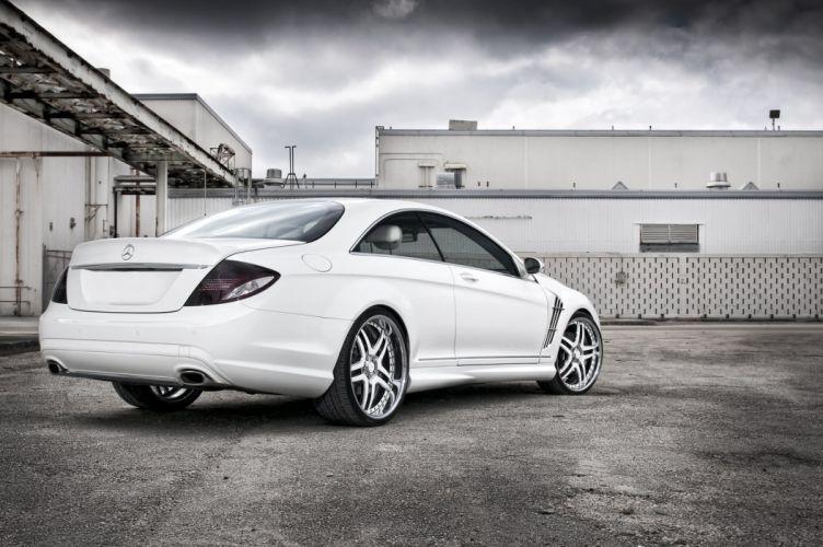 Mercedes-CL-550 wallpaper