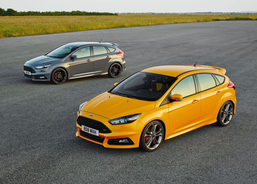 Ford-Focus-ST-2014 wallpaper